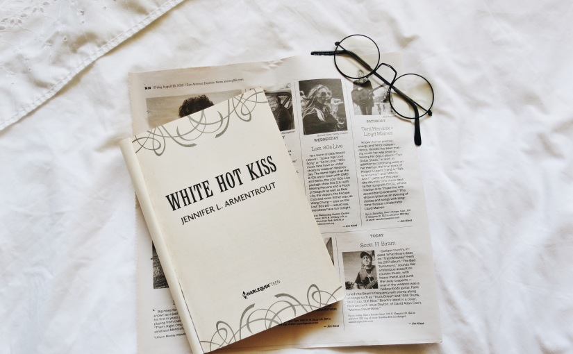 "Book Review: ""White Hot Kiss"" by Jennifer L. Armentrout"